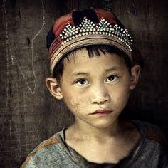 Michiel de Lange - The Tribes of Sapa #art #photography