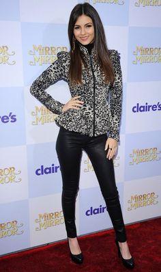 Victoria Justice Clothes