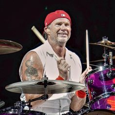 Chad Smith Red Hot Chili Peppers having a blast jamming at recent concert in Indianapolis. @chadsmithofficial @redhotchilipeppers_official #redhotchilipeppers #redhotchilipeppersconcert #chickenfoot #chadsmith #drums #drummer #indianapolis #alternativerock #alternativemetal #funkmetal #funkmetal #jj_musicislife #livemusicphotography #bandphotography #concertphotography #musicjunkie #gigphotography #bands #bandphotography #pocket_tunes #poprock #raprock #igw_rock #ig_rock_details…