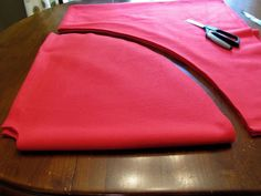 The Modest Homestead: Little Red Riding Hood Costume {Tutorial}