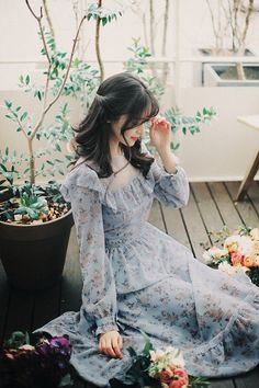 Jewelry in Sunrise Days to Remember Vintage Classic Lolita OP Dress « voguee. Set Fashion, Asian Fashion, Fashion Beauty, Girl Fashion, Fashion Dresses, Vintage Fashion, Fashion Tips, Redhead Girl, Brunette Girl