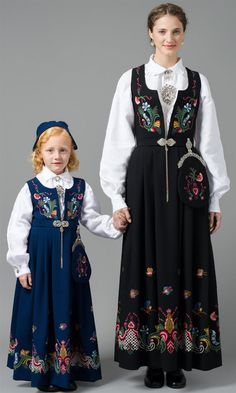 FolkCostume&Embroidery: Overview of Norwegian Costumes, part The eastern heartland Norwegian Clothing, Native Wears, Costumes Around The World, Folk Costume, Ethnic Fashion, Traditional Dresses, How To Wear, Clothes, Beautiful Norway