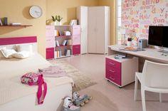 S přibývajícími lety. Nábytek pro studenta znamená krok dopředu. Miniatury jsou nahrazeny pracovními stoly, což ale neznamená, že by teenageři měli být ochuzeni o barvy a živý prostor. (foto: Decodom) Hello Kitty Bedroom, Painting Still Life, Center Table, Corner Desk, Toddler Bed, Vanity, Kids Rooms, House, Furniture