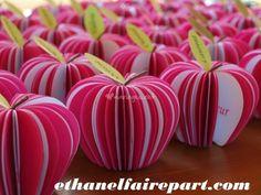 Menu/marque place pomme d'Amou de Ethanel Faire Part | Photos