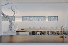 Interior Chino, Chinese Tea Room, Tea Room Decor, Japan Interior, Feature Wall Design, Tea Lounge, White Restaurant, Chinese Interior, White Interior Design