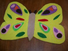 I just have to share this wonderful activity to go along with Eric Carle's  book, The Very Hungry Caterpillar. My sister made this set for ...