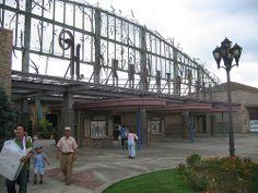 Hirakata Park Entrance