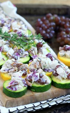 This easy low carb Rosemary Pecan Chicken Salad with sweet and juicy Champagne grapes served on zucchini chips, is a healthy, low carb, satisfying lunch! Healthy Gluten Free Recipes, Fodmap Recipes, Healthy Dinner Recipes, Real Food Recipes, Summer Recipes, Keto Recipes, Low Carb Chicken Salad, Pecan Chicken Salads, Veggie Chips