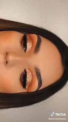 Makeup Eye Looks, Eye Makeup Art, Beautiful Eye Makeup, Eyebrow Makeup, Eyeshadow Makeup, Creative Eye Makeup, Colorful Eye Makeup, Maquillage On Fleek, Makeup Crafts