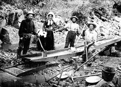 Women in Literary History: California Gold Rush Correspondent, Dame Shirley aka Louise Amelia Knapp Smith Clappe Images Of California, California History, Vintage Photographs, Vintage Photos, Panning For Gold, Gold Miners, Gold Prospecting, Call Of The Wild, Mountain Man