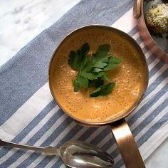 Food Inspiration, Thai Red Curry, Dips, Food And Drink, Ethnic Recipes, Dressings, Sauces, Salsa, Gravy