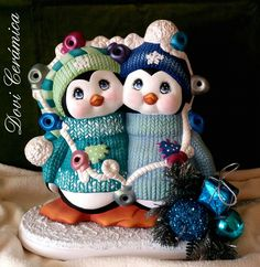 Good Afternoon sister ,enjoy your afternoon xxx❤❤❤💌 Clay Projects, Clay Crafts, Diy And Crafts, Christmas Cake Decorations, Christmas Crafts, Christmas Ornaments, Clay Ornaments, Ornaments Design, Pottery Painting