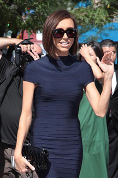 I'm into Giuliana Rancic's Chanel Mini Flap Bag, of course, but I'm REALLY into her totally awesome bob.