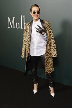 Pin for Later: Londres Attire Beaucoup de Célébrités à la Fashion Week Noomi Rapace Au défilé Mulberry.
