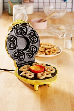Shop SuperPretzel Mini Soft Pretzel Maker at Urban Outfitters today. We carry all the latest styles, colors and brands for you to choose from right here.