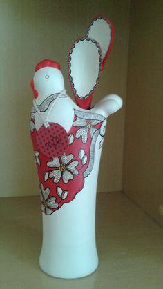 Pintado a Mão por Lana de Oliveira