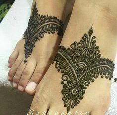 Lovelh feet henna