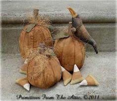 Primitive grungy pumpkins