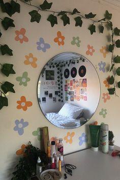Cute Bedroom Decor, Room Design Bedroom, Room Ideas Bedroom, Neon Room, Pastel Room, Cute Room Ideas, Indie Room, Room Goals, Aesthetic Room Decor