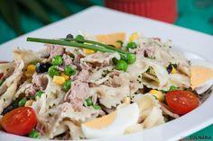 Uma receita fácil e leve, que tal preparar esta receita de atum com lacinhos para o jantar? Clique aqui: http://www.teleculinaria.pt/receitas/receita-atum-lacinhos/?utm_content=buffer1e615&utm_medium=social&utm_source=pinterest.com&utm_campaign=buffer