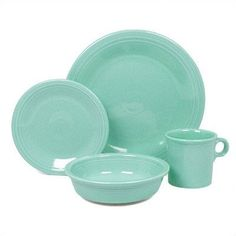 Fiesta Fiesta Turquoise Place Setting as seen on The Chew. I love the entire fiesta line and the mix and match colors. Square Dinnerware Set, Dinnerware Sets, Aqua, The Chew, Place Settings, Table Settings, My Favorite Color, Favorite Things, A Table