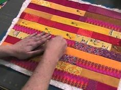 How to Layer a Quilt Sandwich - video | Shiny Happy World