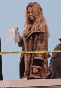 "Jennifer Morrison - Behind the scenes - 5 * 17 ""Her Handsome Hero"" - 19th January 2016"