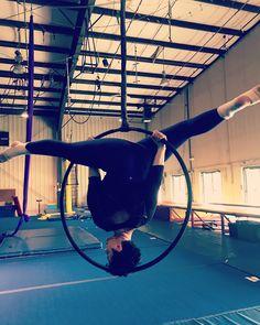Aerial Acrobatics, Aerial Hoop, Photo Ideas, Shots Ideas