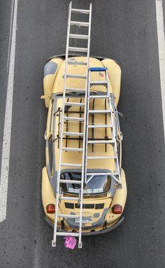 The carpoolers by Alejandro Cartagena Become A Photographer, Mellow Yellow, Bright Yellow, Magazine Art, Creative Photography, Designer, Transportation, Urban, Singular