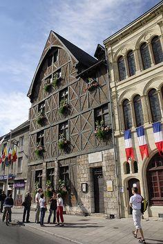 Maison Jeanne d'Arc, Orléans, France ᘡղbᘠ