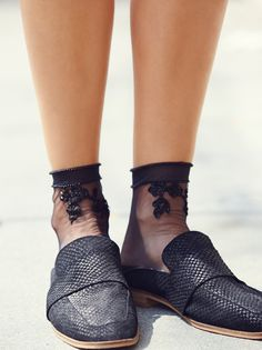 Vintage Lace Embellished Sock | Inspired by decades past, these delicate sheer ankle socks feature pretty femme embellishments and subtle lace accents. Contrast heel and toe design.