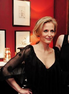 Gillian Anderson at the London Fashion Week Autumn/Winter 2012 Mulberry Private Dinner. The X Files, Gillian Anderson David Duchovny, Stella Gibson, Manequin, Famous Women, Famous People, Celebs, Celebrities, American Actors