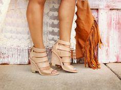nude wedges, summer sandals, haute off the rack, fringe bag, @elaineturner