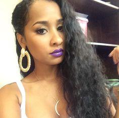 Best Hair Growth Oil For Beautiful Black Women Curled Hairstyles, Cool Hairstyles, Black Hairstyles, Best Hair Growth Oil, Tammy Rivera, Texturizer On Natural Hair, Purple Lipstick, Beautiful Black Women, Beautiful People