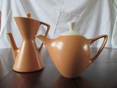 De Driehoek Potterie Huizen - Theeservies TULIPE - Koffiepot  DIABOLO.