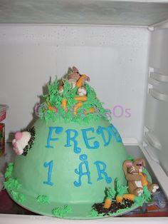 Frederiks fødselsdagskage: http://krea-kaos.blogspot.dk/2012/03/velgrenhedskage.html#