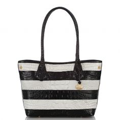 The #brahmin anytime bag in new #blackandwhite vineyard. A perfect tote for #summer