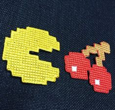 Parche Pacman 8 Bits 8 Bits, Chevrolet Logo, Logos, Art, Patches, Embroidery, Crafts, Craft Art, A Logo