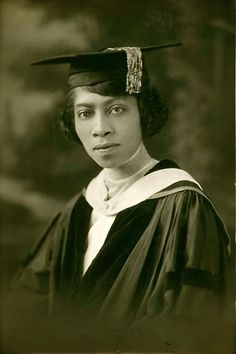 Eva Beatrice Dykes became the first Black woman in the US to meet the requirements for a Ph.D., in 1921, at Radcliffe College.