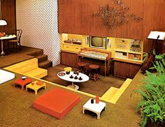 vintage-retro sunken living-room-conservation-pit-room-idea-70s-interior-yellow-ornage-wood-wall-fun-stylish-cool-design.jpg (500×386)