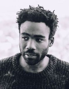 Today Lucasfilm announced that Donald Glover will be playing Lando Calrissian in the upcoming Han Solo Star Wars stand-alone film. The film, which is being directed by Phil Lord and Christopher Miller will find Glover joining Alden […] Donald Glover, Don G, Mode Pop, Lando Calrissian, Childish Gambino, Star Wars Film, Raining Men, Pretty Boys, Role Models