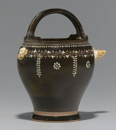 AN APULIAN GNATHIAN-WARE SITULA -  LAUREL SPRAY GROUP, CIRCA 330-320 B.C. | Christie's