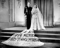 Royal wedding dress picture: Queen Elizabeth II. Her veil is stunning.