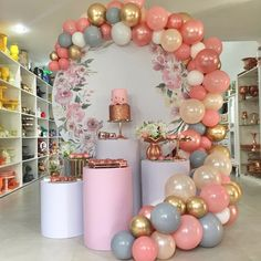 Birthday Balloon Decorations, Girl Baby Shower Decorations, Birthday Balloons, First Birthday Parties, First Birthdays, Unicorn Birthday Parties, Decoration Evenementielle, Baby Shower Balloons, Balloon Garland