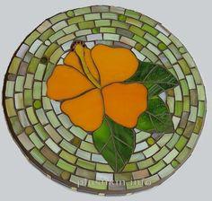 Hibiscus mosaic trivet - Подставка под горячее с мозаикой-гибискусом