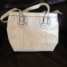 White leather purse Gently used a couple times.  Nice size Bags