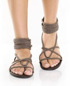 GoMax Ares 09 Brown Braided Thong Sandals  $32.00