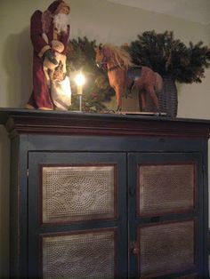 The Patriot Homeplace: ~Cozy Christmas Vignettes~