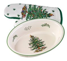 Spode Christmas Tree Deep Oval Baker with Matching Oven Mitt ** Special product just for you. : bakeware