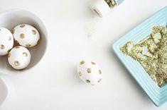 DIY Glitter Easter Eggs #DIY #Easter #Craft